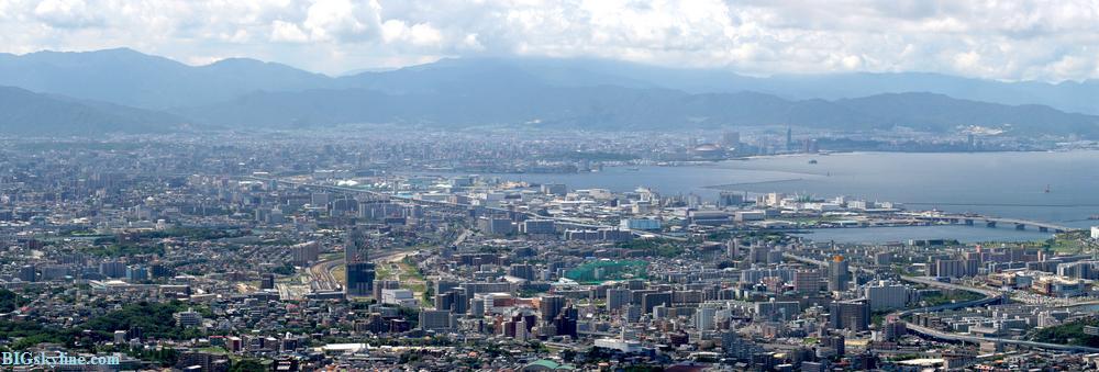 Fukuoka, Japan city skyline pic