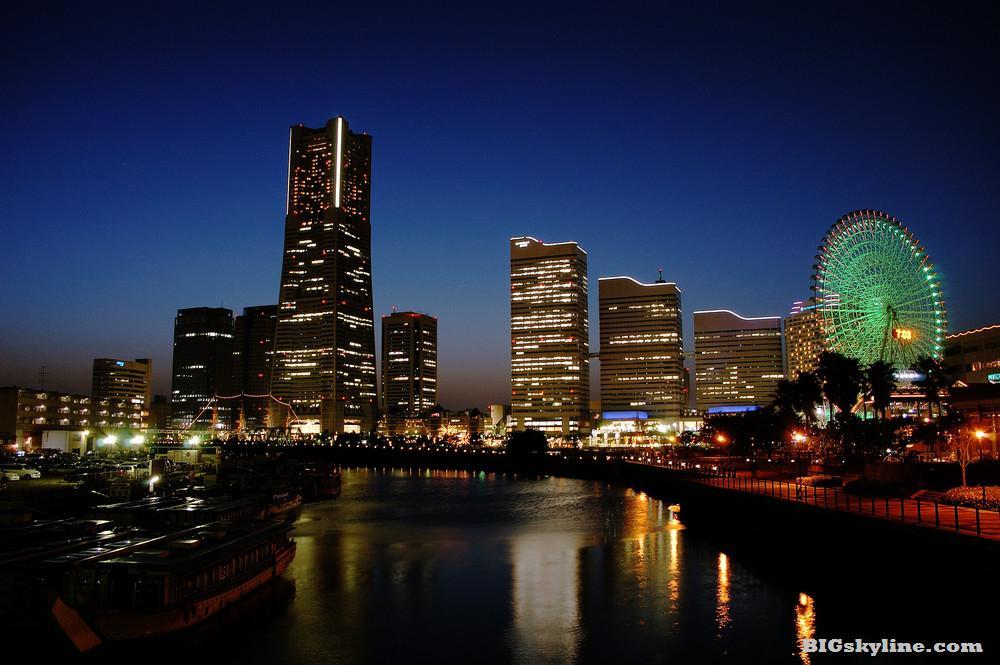 Yokohama Japan  city pictures gallery : Yokohama, Japan city skyline pic
